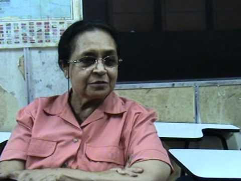 Pusat Tuisyen Rakan – Professor Dr Helen – Angelique's Mother
